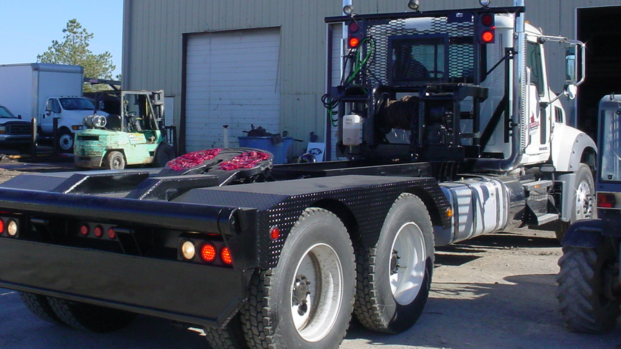 Oilfield Winch Truck With Vacuum Pump